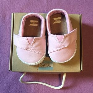 Toms Baby Girl Pink Canvas Shoes